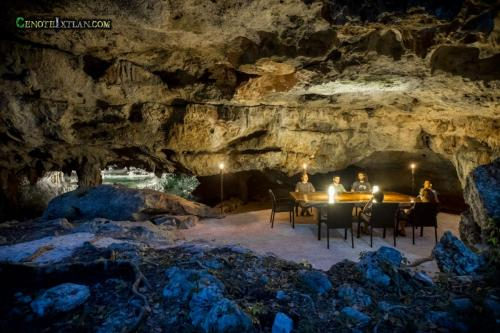 cenote-ixtlan-dining-at-night (1)